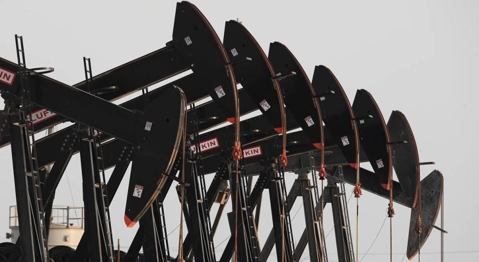 Нефть продолжает торговаться выше 70 долларов за баррель