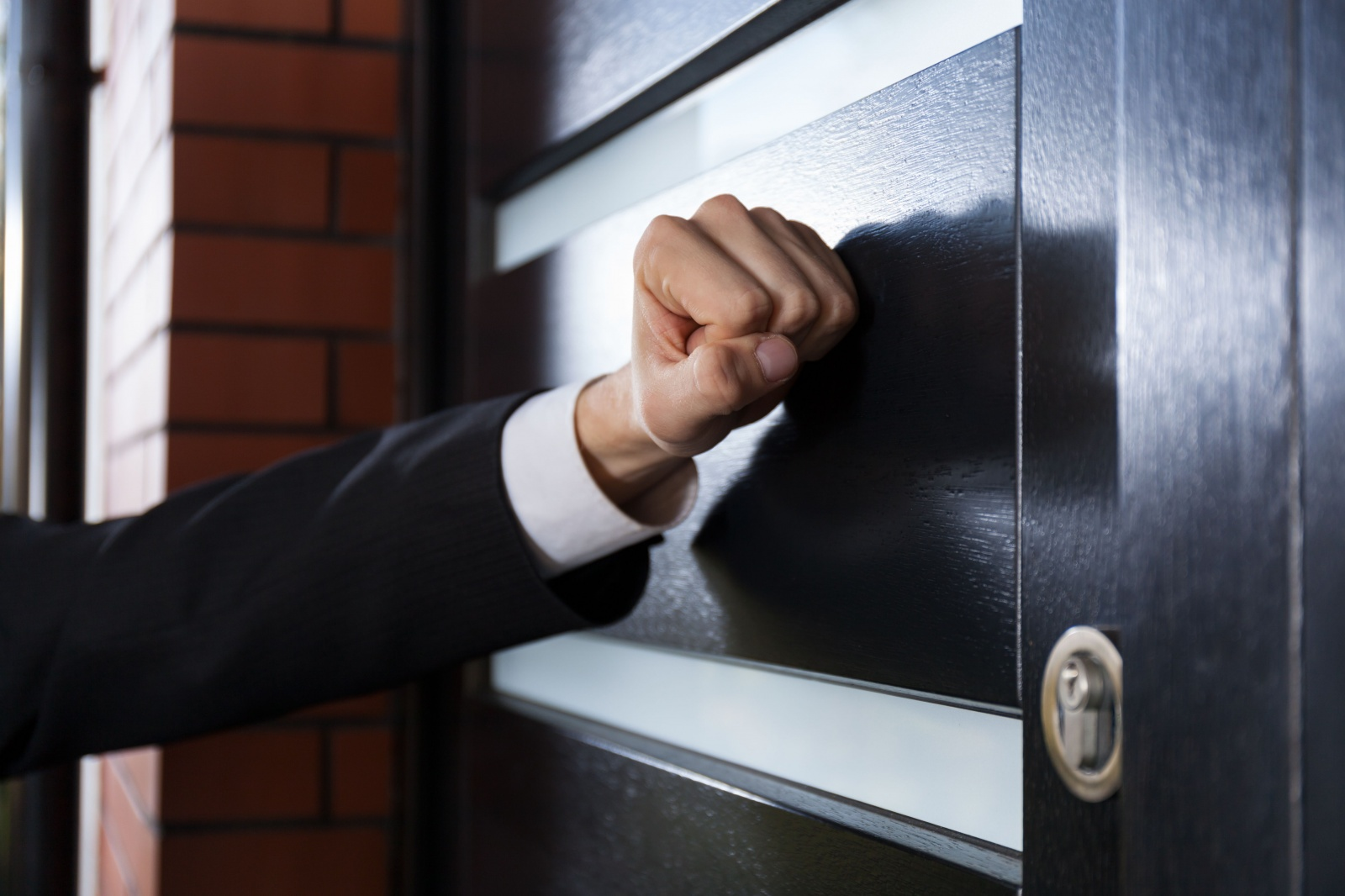 Памятка для потребителей финансовых услуг: «Как взаимодействовать с коллекторскими агентствами?»
