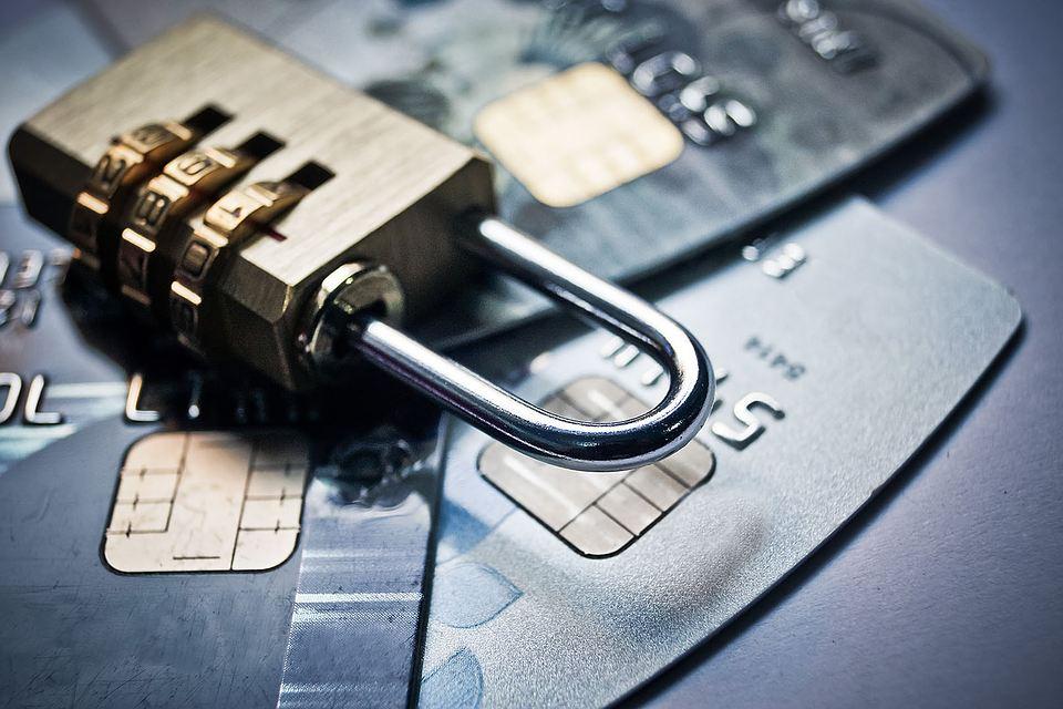 Обратная связь: имеют ли право блокировать ЧСИ «неприкосновенный» банковский счет