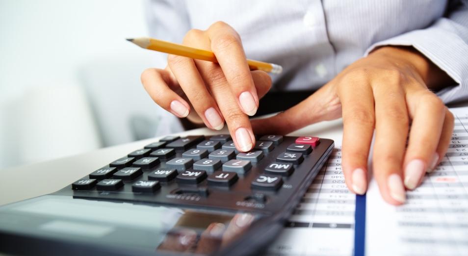 Кто в Казахстане «оплатит» поднятие минимальной зарплаты, не ясно