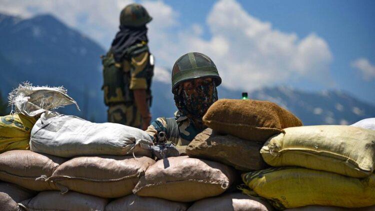 Китайские и индийские военные пострадали в столкновениях на границе