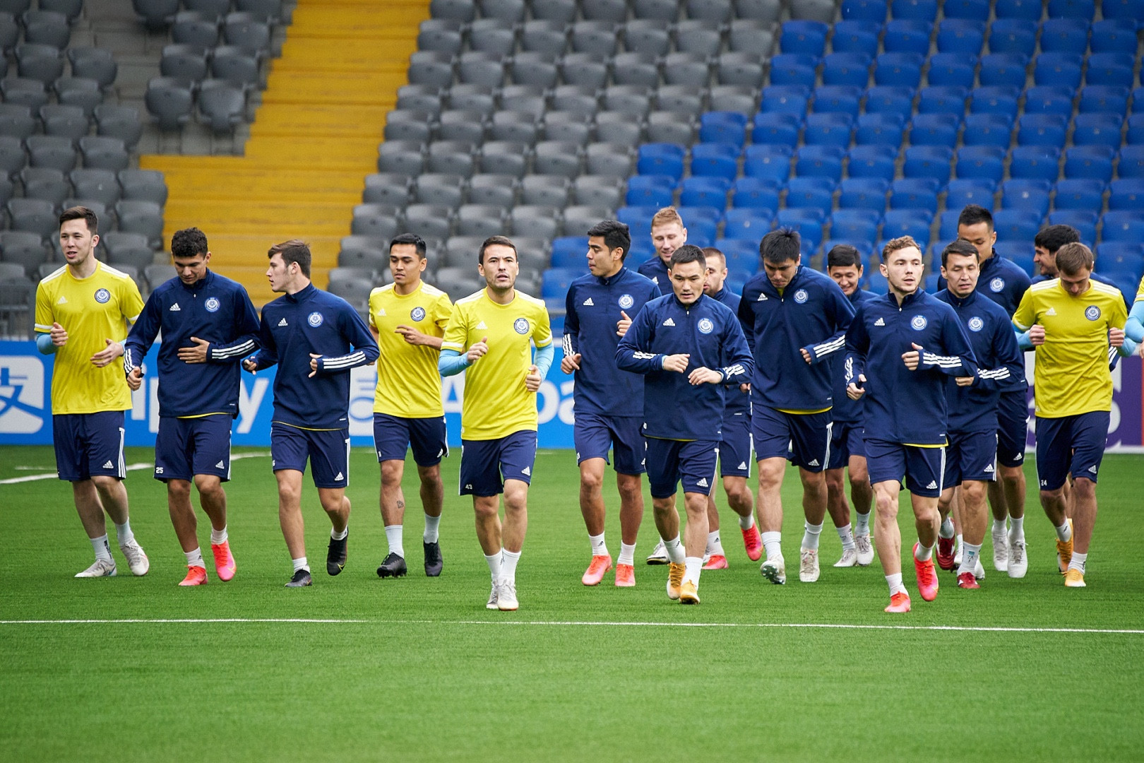 Сборные Казахстана и Франции готовятся к матчу