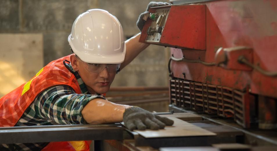 Больше всего восточноказахстанцев работает на крупных предприятиях