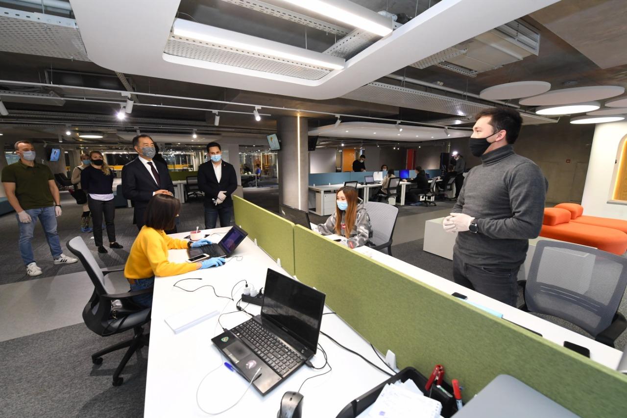Бакытжан Сагинтаев рассказал о создании инфраструктуры для IT-предпринимательства