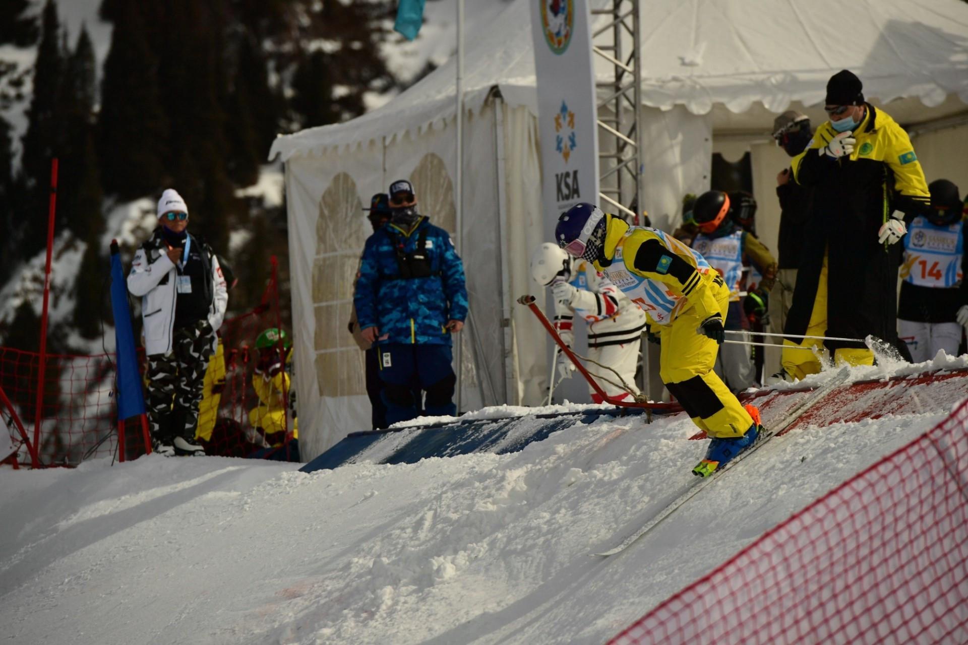 Анастасия Городко финишировала четвертой на юниорском чемпионате мира по фристайл-могулу