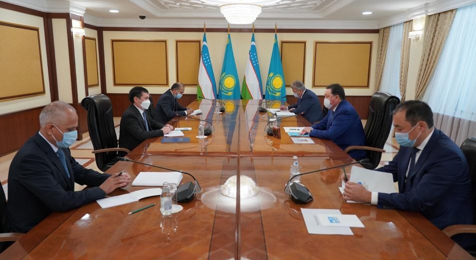 Казахстан и Узбекистан намерены увеличить товарооборот