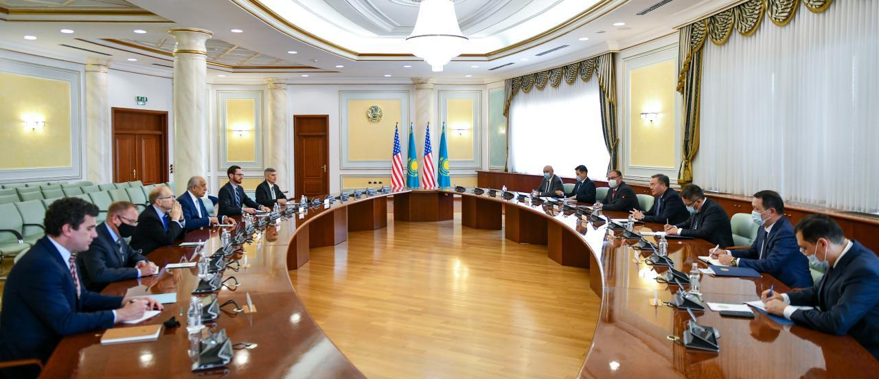 Что Мухтар Тлеуберди обсудил со специальным представителем США по примирению в Афганистане