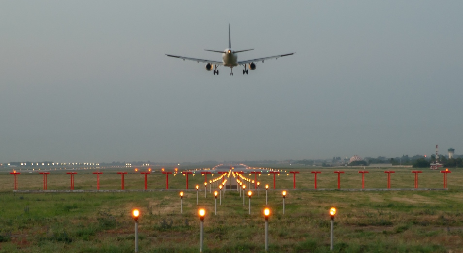 Пассажирские авиаперевозки постепенно восстанавливаются