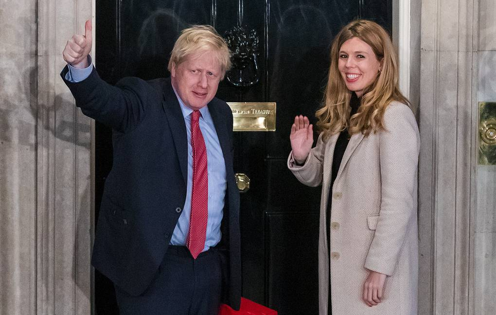 Премьер-министр Великобритании связал себя узами брака