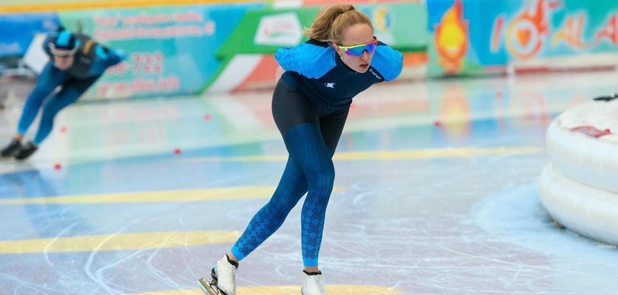 Казахстанская спортсменка вошла в топ-10 на чемпионате мира по конькобежному спорту