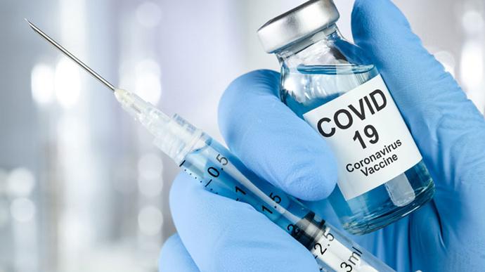 В Алматы из 4 видов вакцин от коронавируса остался только «Спутник-V»