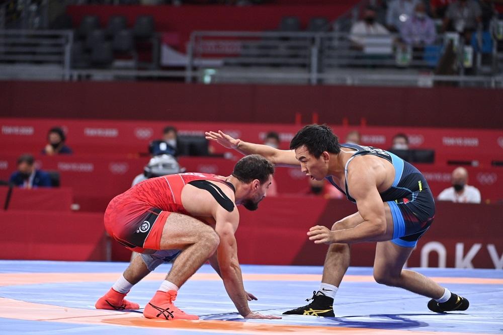 Токио Олимпиадасы: Данияр Қайсанов жартылай финалға шықты