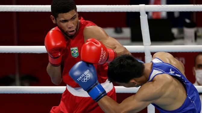 Токио Олимпиадасы: Боксшы Әбілхан Аманқұл да жарыс жолын аяқтады