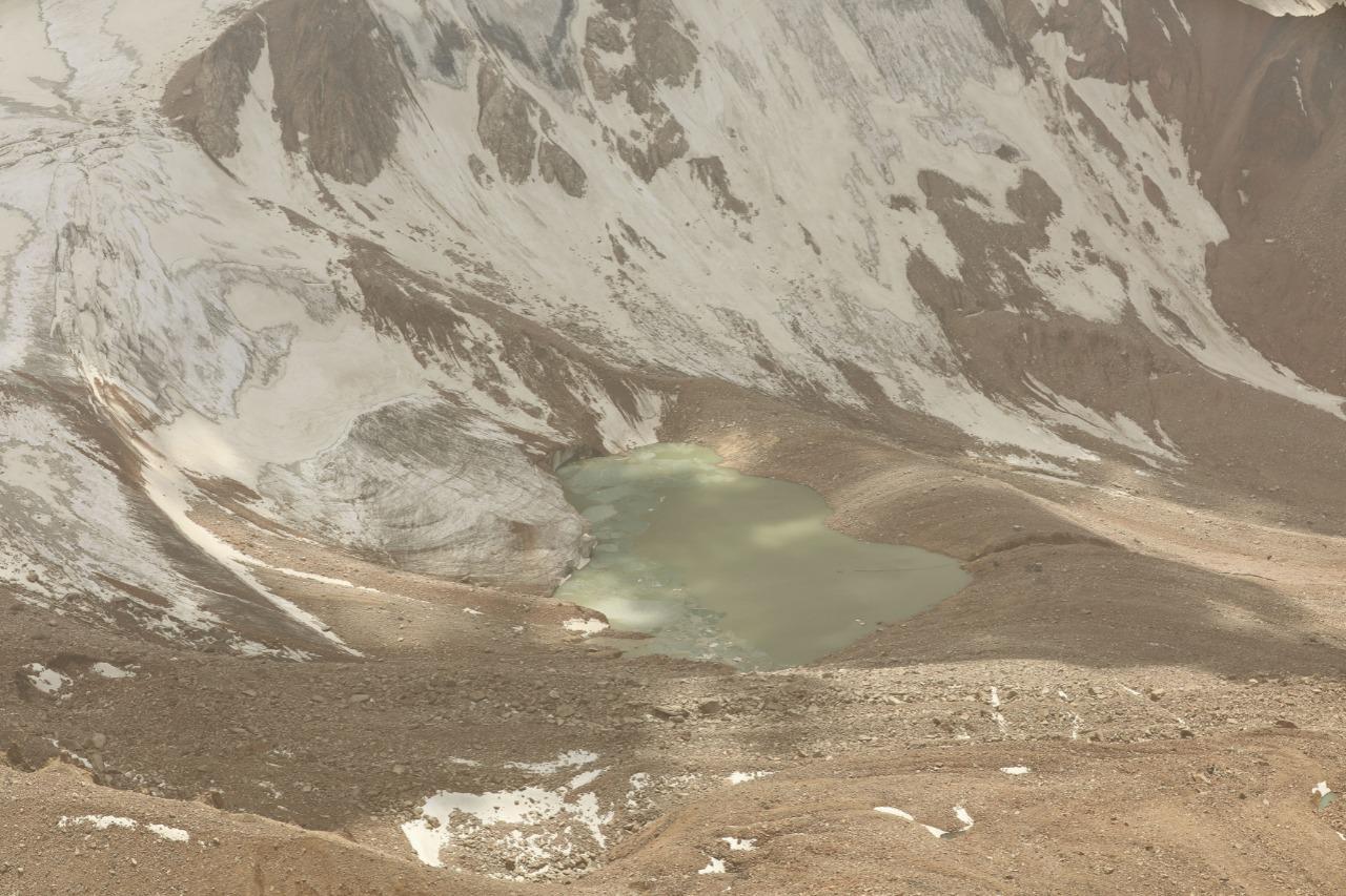Алматыда аптап ыстыққа байланысты таудағы мұздық көлдерді тексеру жиілейді