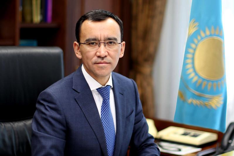 Маулен Ашимбаев заболел коронавирусом