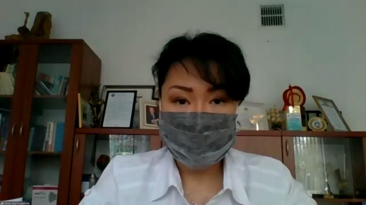 Почему врачи не рекомендуют носить многоразовые маски детям