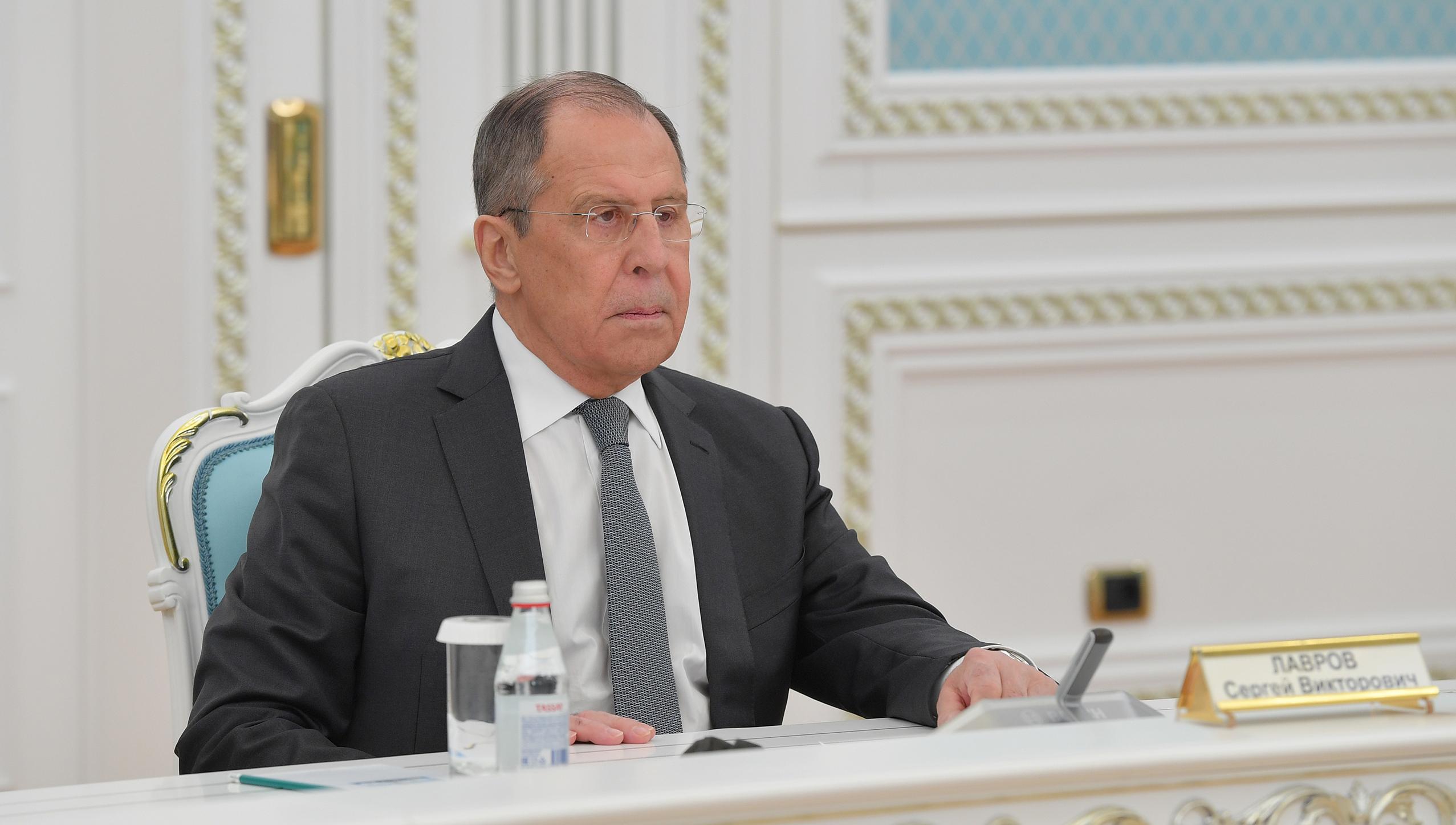 Россия и Китай не ведут «вакцинных войн» – Лавров