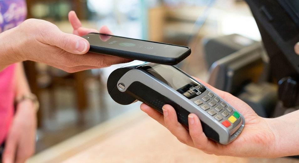Эксперт обнаружил баги NFC, позволяющие бесконтактно взломать банкоматы с помощью смартфона