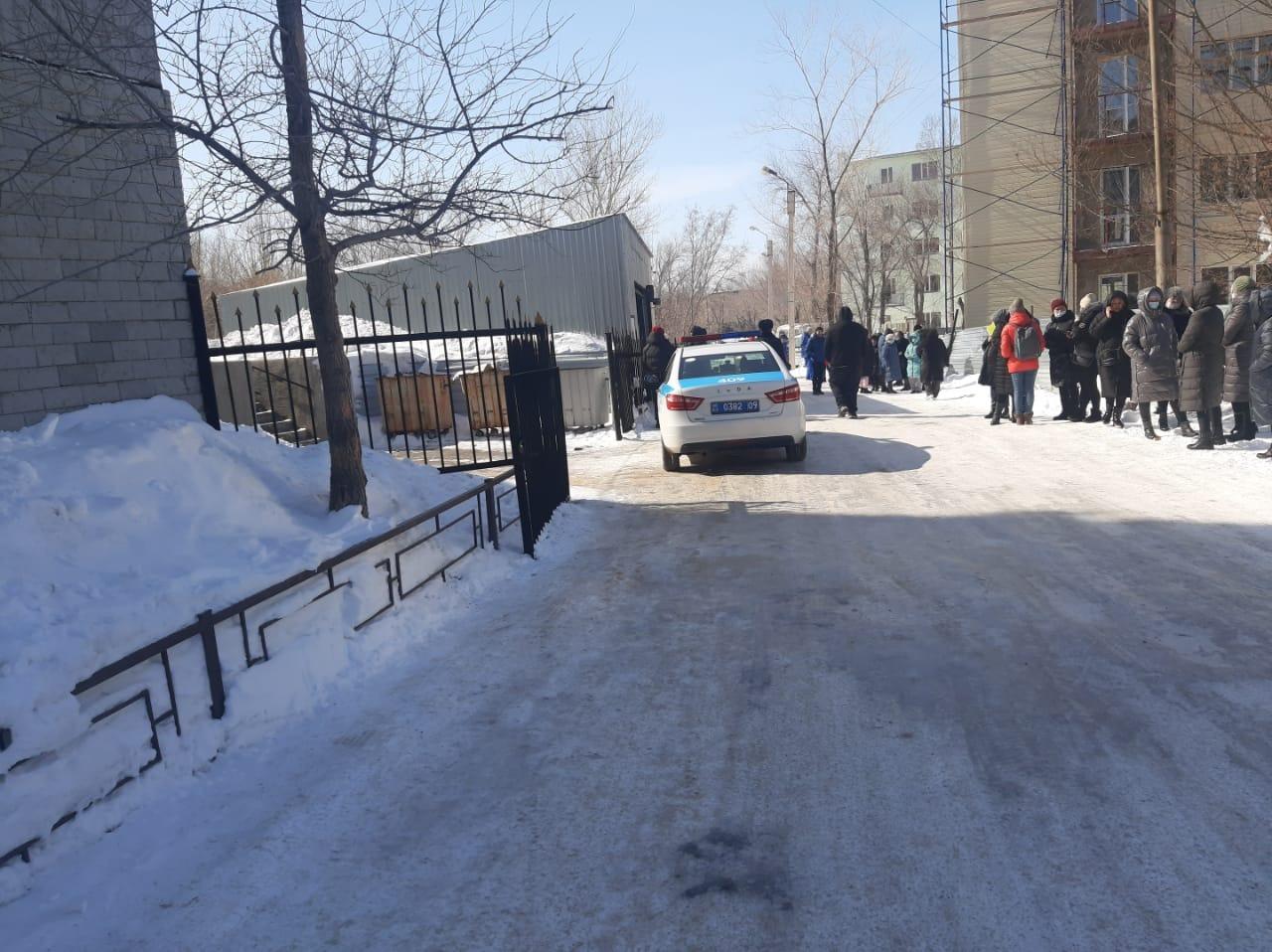 В Темиртау заминировали поликлинику