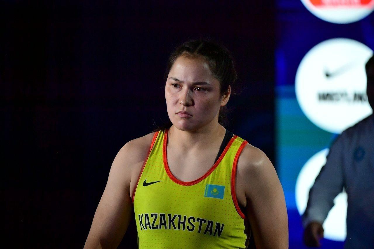 Назван состав женской команды по борьбе на лицензионный турнир в Алматы