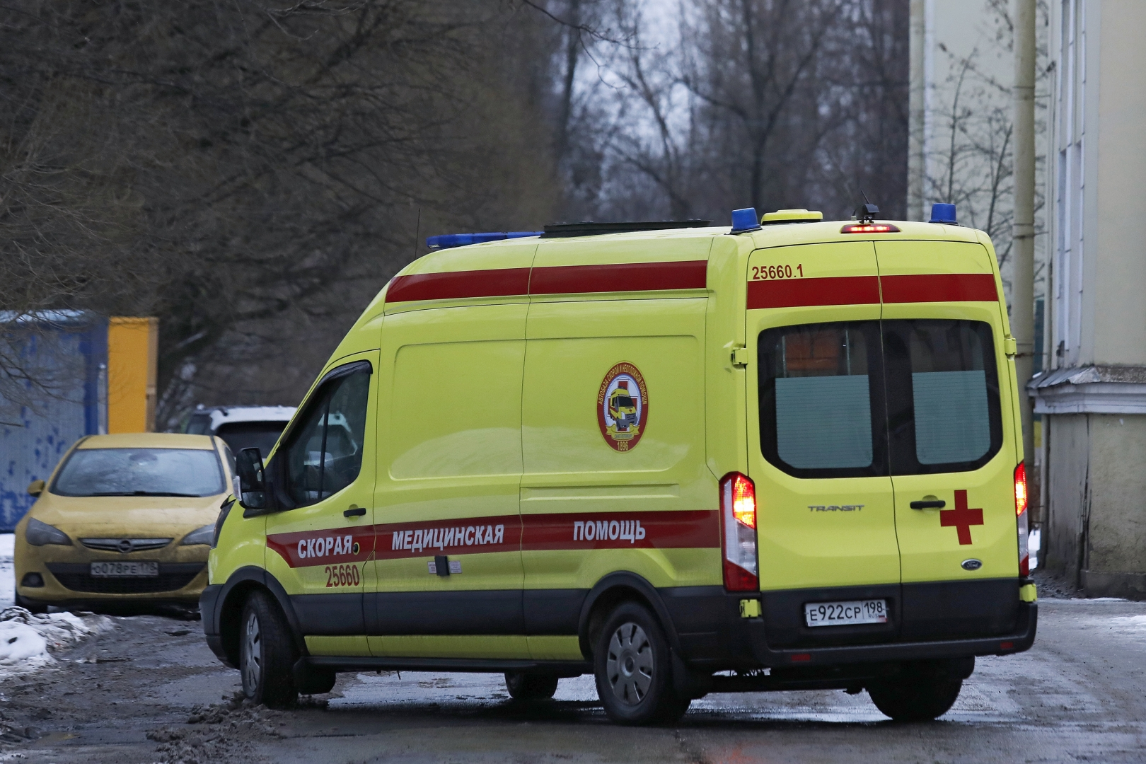 Управление общественного здоровья опровергает информацию о ремонте автомашин скорой помощи за счет водителей