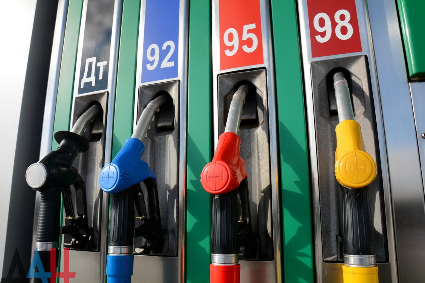 Запрет на вывоз бензина и дизтоплива автотранспортом могут продлить еще на 6 месяцев