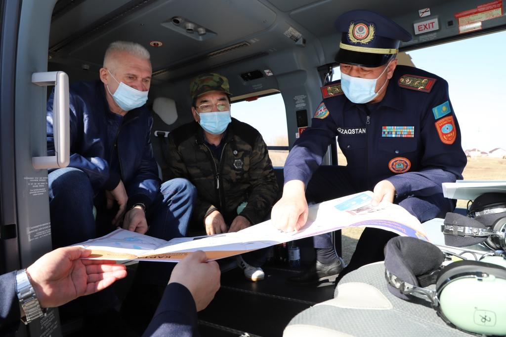 Су тасқынының алдын алу: вице-министр елорда маңындағы аумақтарды әуеден тексерді