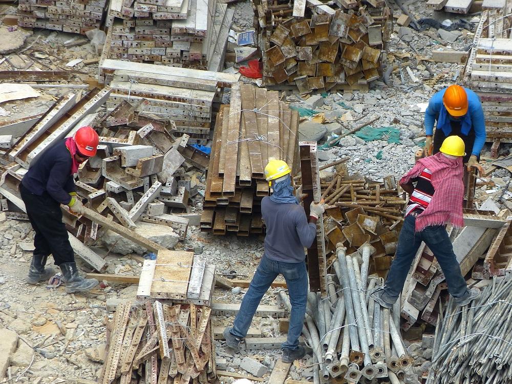 Наибольший спрос в Казахстане в 2021 году будет на неквалифицированных рабочих – эксперт