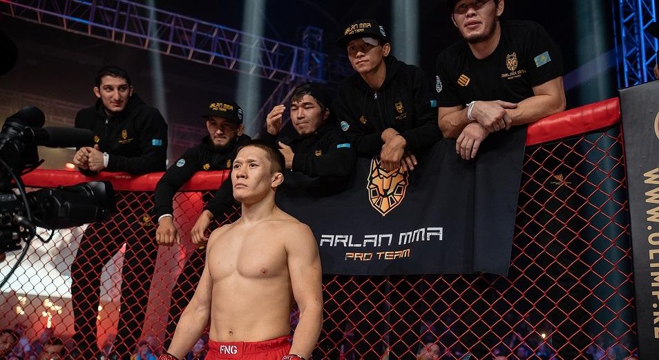 Жумагулов одержал первую победу в UFC