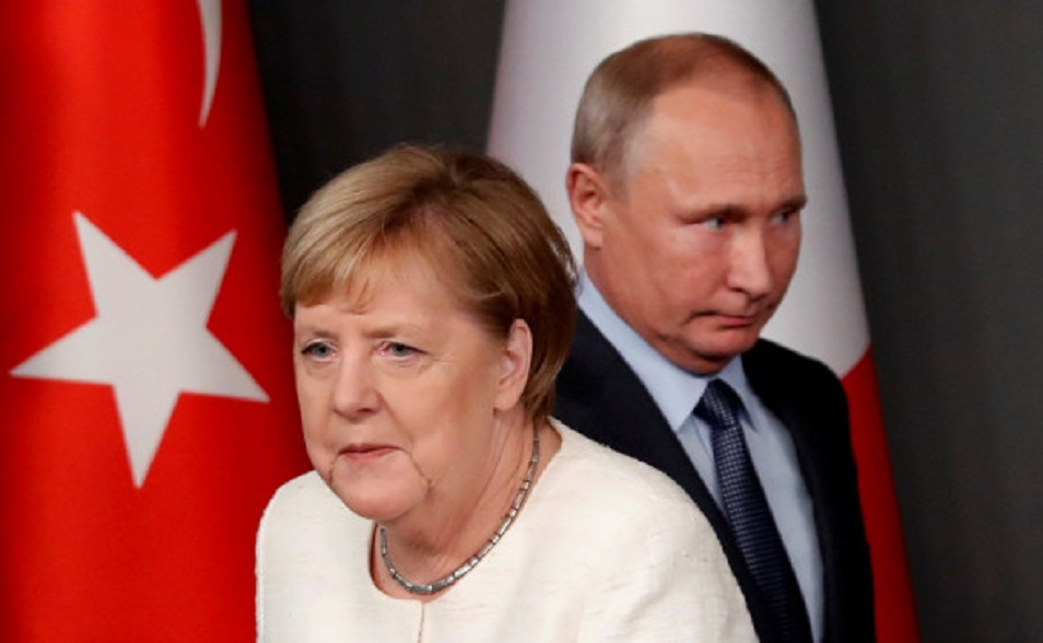 Биограф Меркель описал, о чем и как она спорила с Путиным
