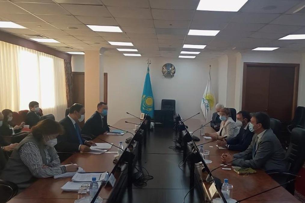 Министр сельского хозяйства встретился с представителями Всемирного банка