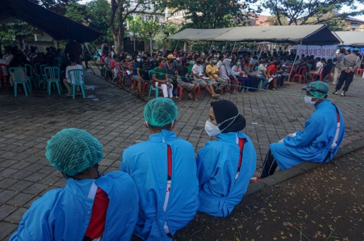 Индонезия лидирует в регионе по числу заболевших COVID-19