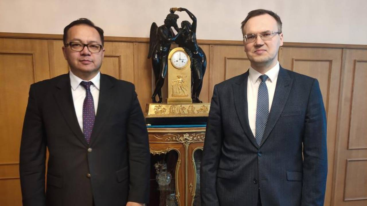 Казахстан и Россия договорились о плановых консультациях между структурными подразделениями