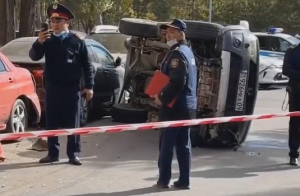 Чтобы задержать угонщика в Нур-Султане стреляли по колесам