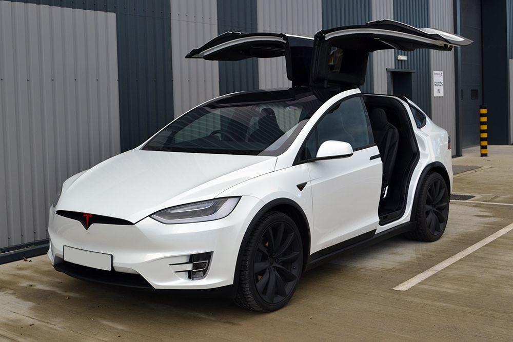 Tesla на $5 тыс. подняла цену на флагманские модели