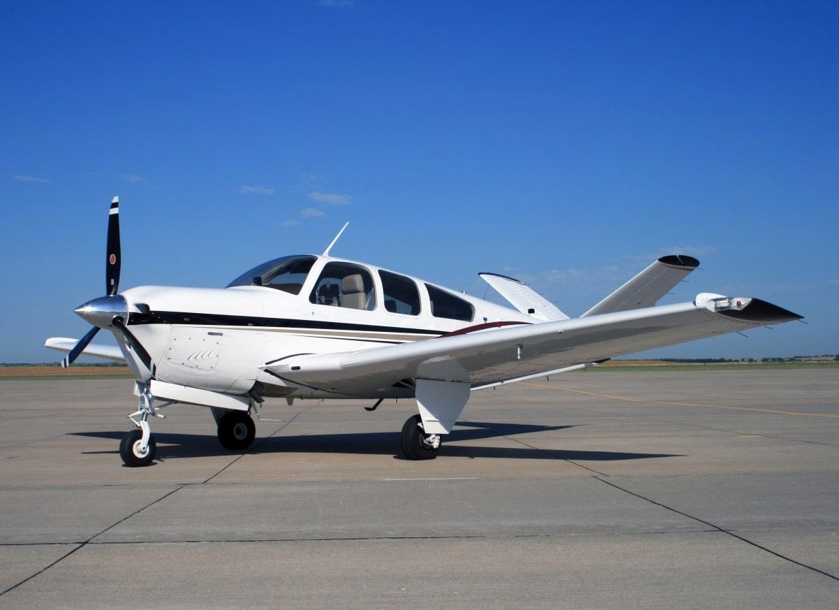 Чартертный легкомоторный самолет разбился в Карагандинской области
