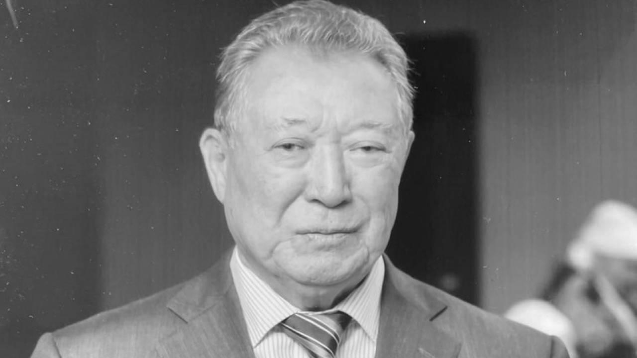 В возрасте 84 лет ушел из жизни отец Аскара Мамина
