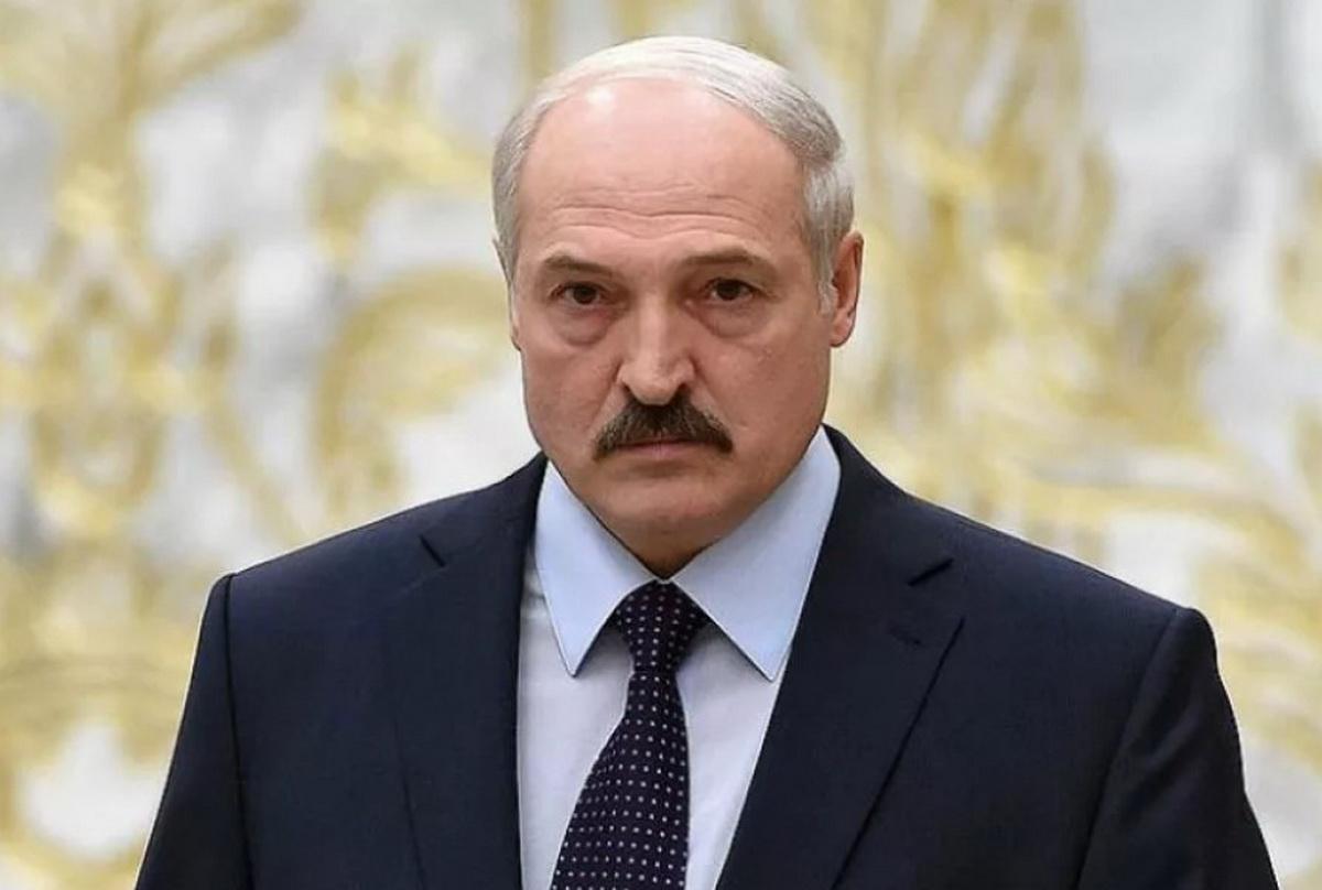 Как Лукашенко заставили маску надеть в больнице