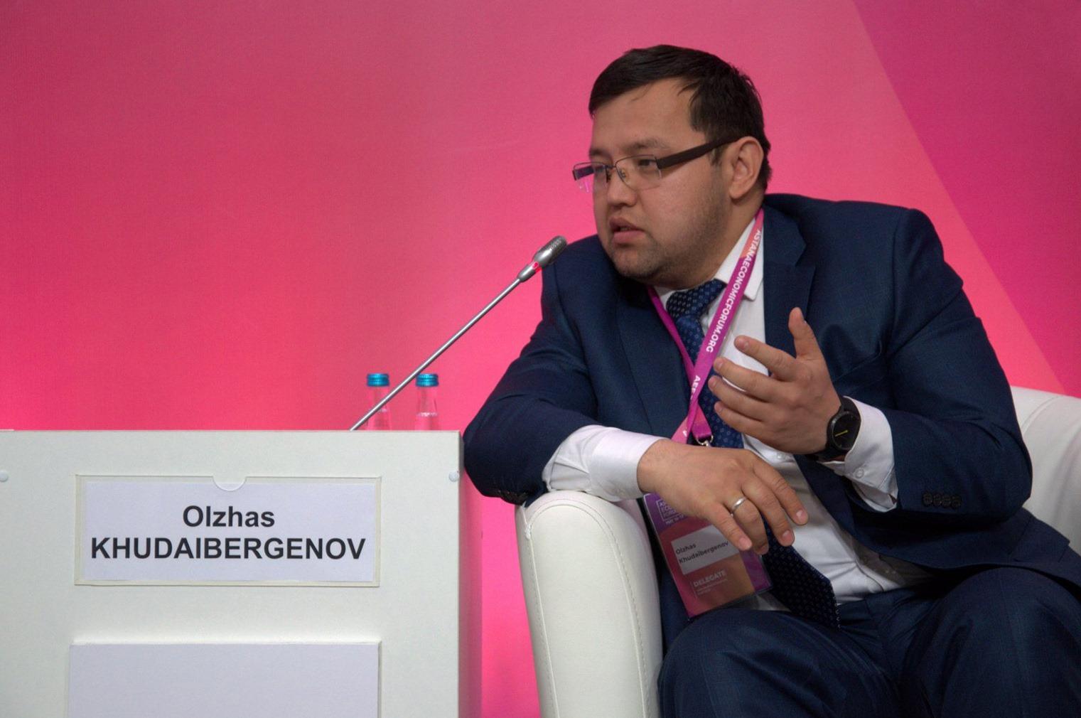 Олжас Кудайбергенов - о том, как чуть не умер от COVID-19 и как его спасли врачи из Москвы