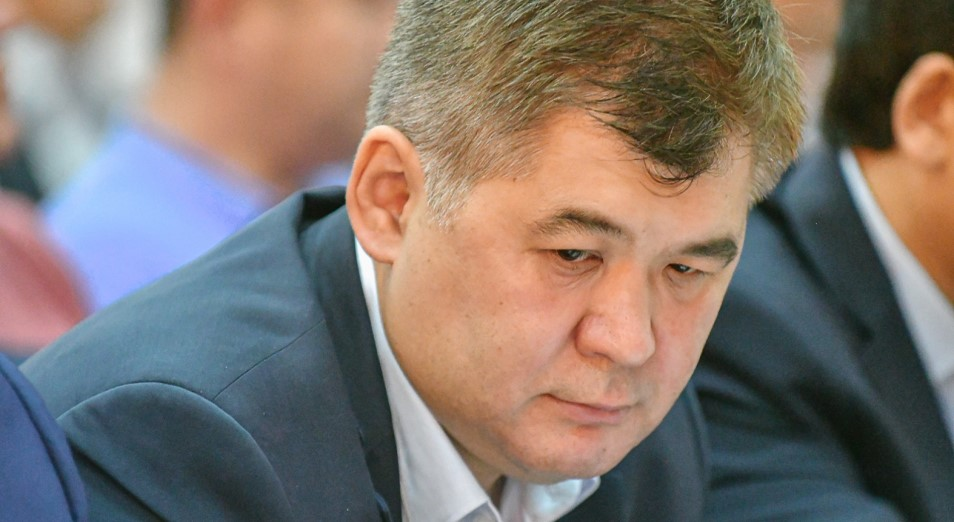 Биртанов останется до 14 ноября под домашним арестом