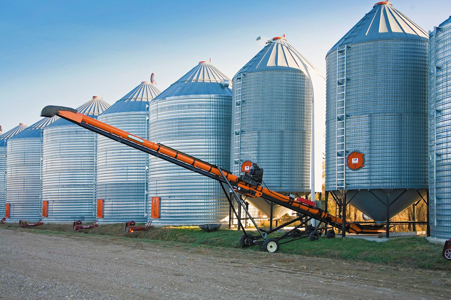 В Карагандинской области построили современный элеватор на 25 тысяч тонн зерна