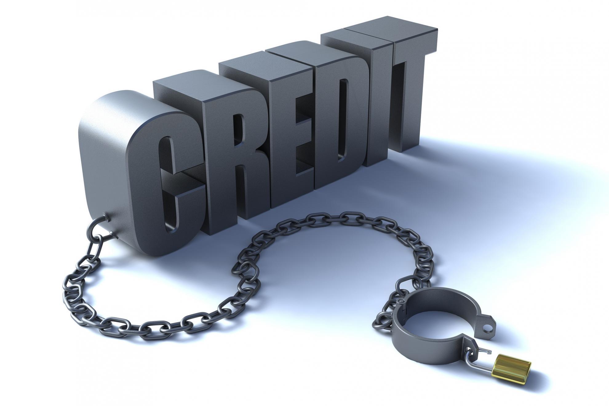 Микрокредиты, полученные мошенниками на других людей, хотят списывать