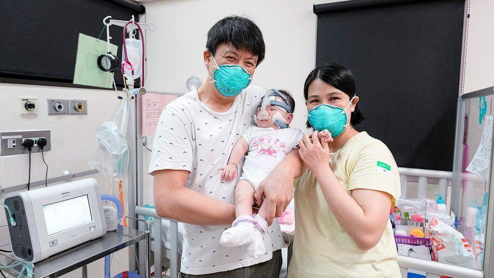 Больше года в больнице – самого маленького в мире младенца выписали домой