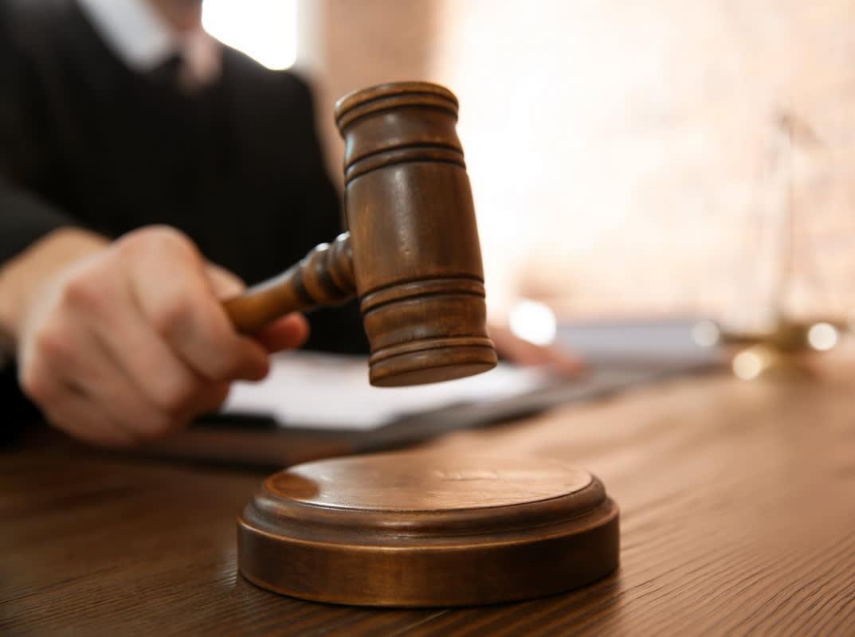35 казахстанцев подали в суд на главного санврача