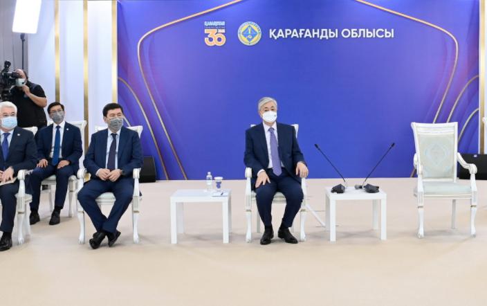 Токаев запустил новую фабрику в Карагандинской области