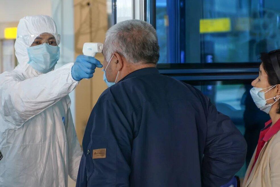 В Алматы усилили контроль за прибывающими из Европы и России