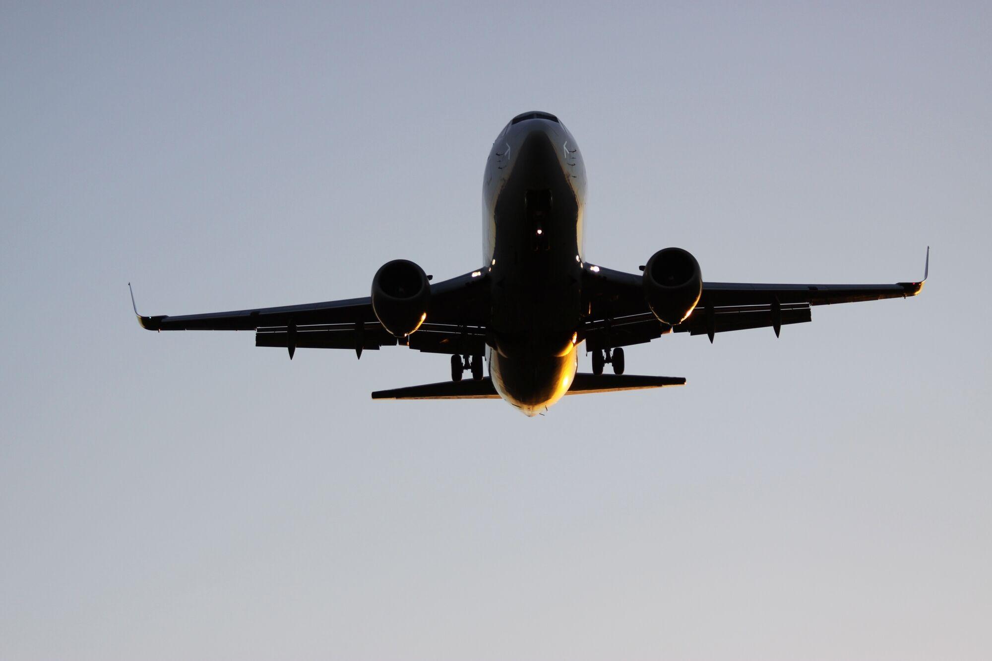Летевший из Гонконга в Нур-Султан самолет экстренно сел в Алматы