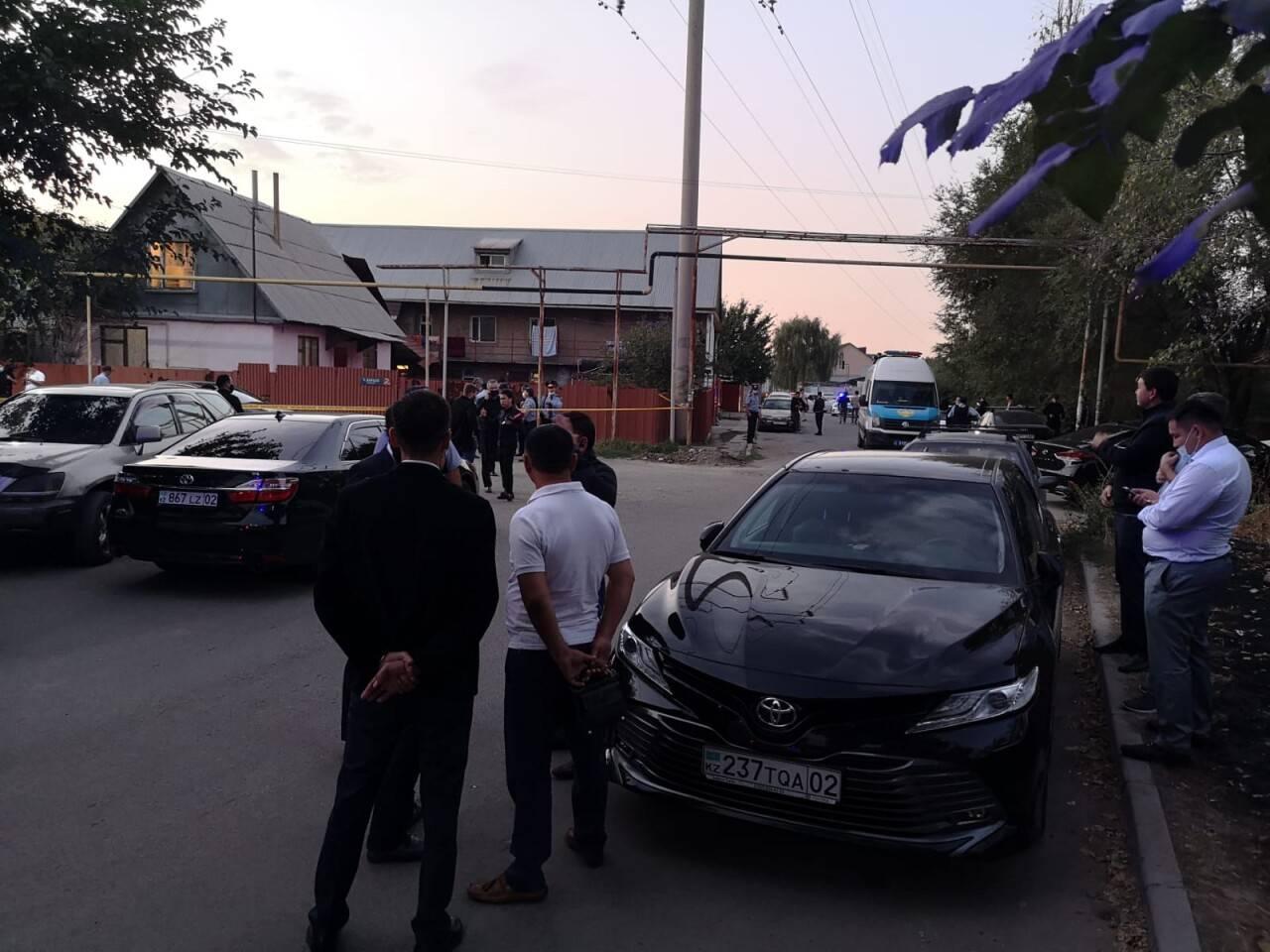 Жалоб нет, находится под стражей в ИВС – адвокат алматинского стрелка