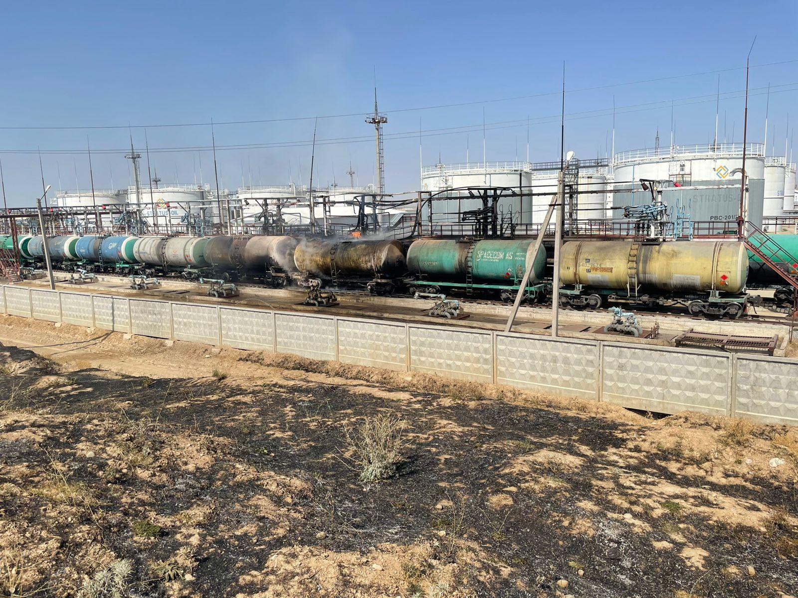Мощный взрыв едва не прогремел на нефтебазе в Туркестанской области
