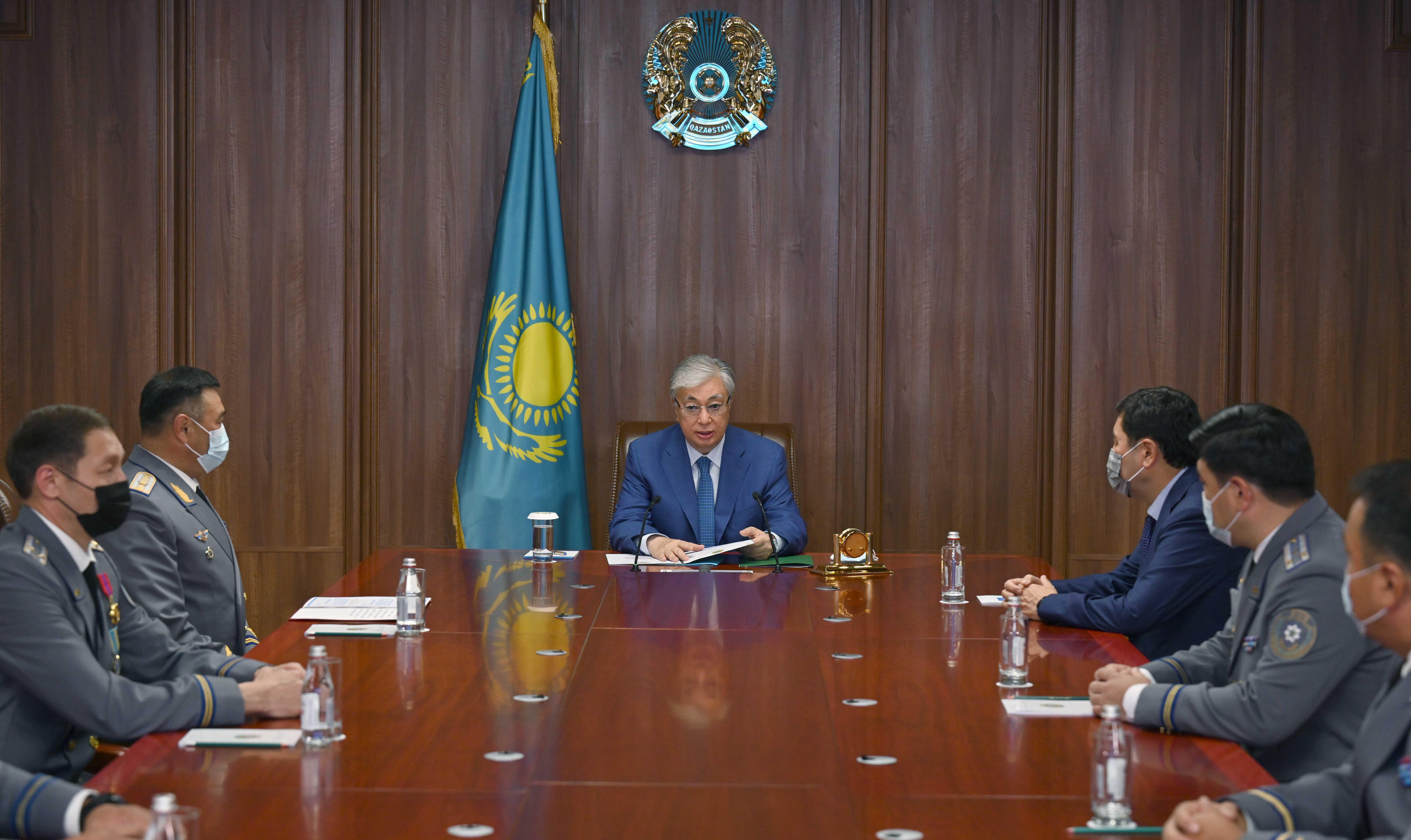 Токаев сам представил нового начальника Службы госохраны подчиненным